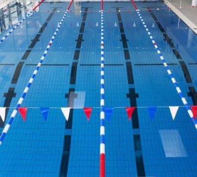 Schwimmbadblick